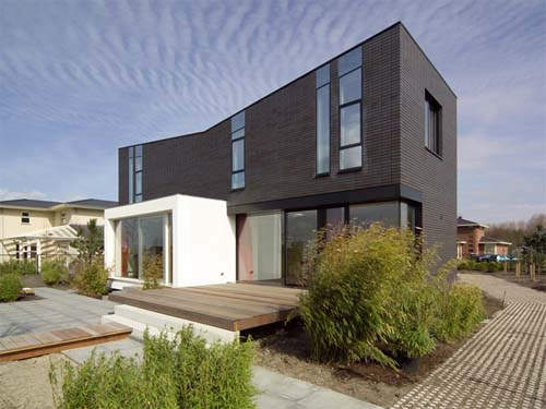 Modern Brick House Design Comfort And Minimalist In Style