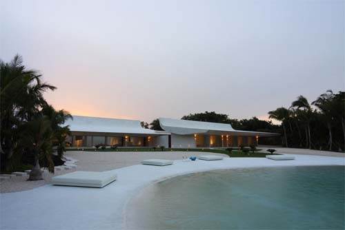 Luxury House Design in Casa de Campo by A Cero Luxury Beach House Design in Casa de Campo by A Cero