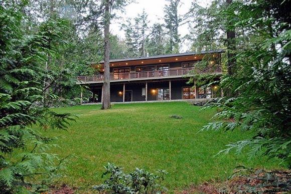 Minimalist House Design with Energy Efficient on Bainbridge Island ...