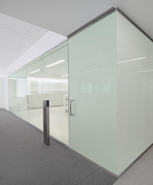 White office interior design by garcia tamjidi open for Personal office design