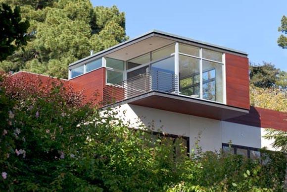 San Luis Road Residence in Berkeley