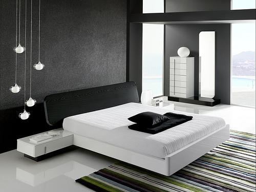 Colorfull bedroom decoration makes bedroom more for Black themed room