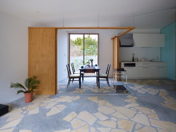 Retired House with Low Construction Fee by Japanese